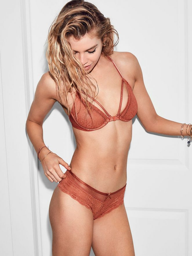 Stella Maxwell - Victoria's Secret (April 2017)