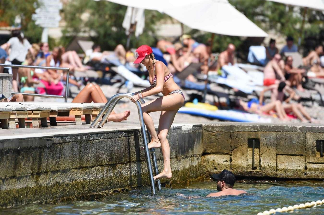 Stephanie Pratt 2017 : Stephanie Pratt: Bikini on holiday in Croatia -25