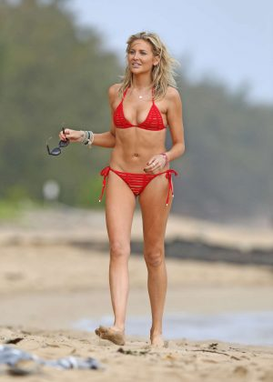 Stephanie Pratt in Red Bikini at a beach in Hawaii