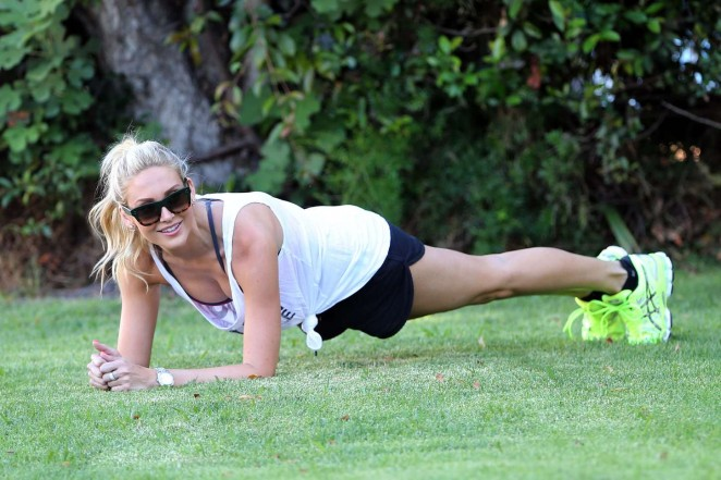 Stephanie Pratt in Shorts Working out -17