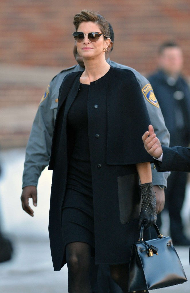 Stephanie Seymour - Arrives to Court in Greenwich