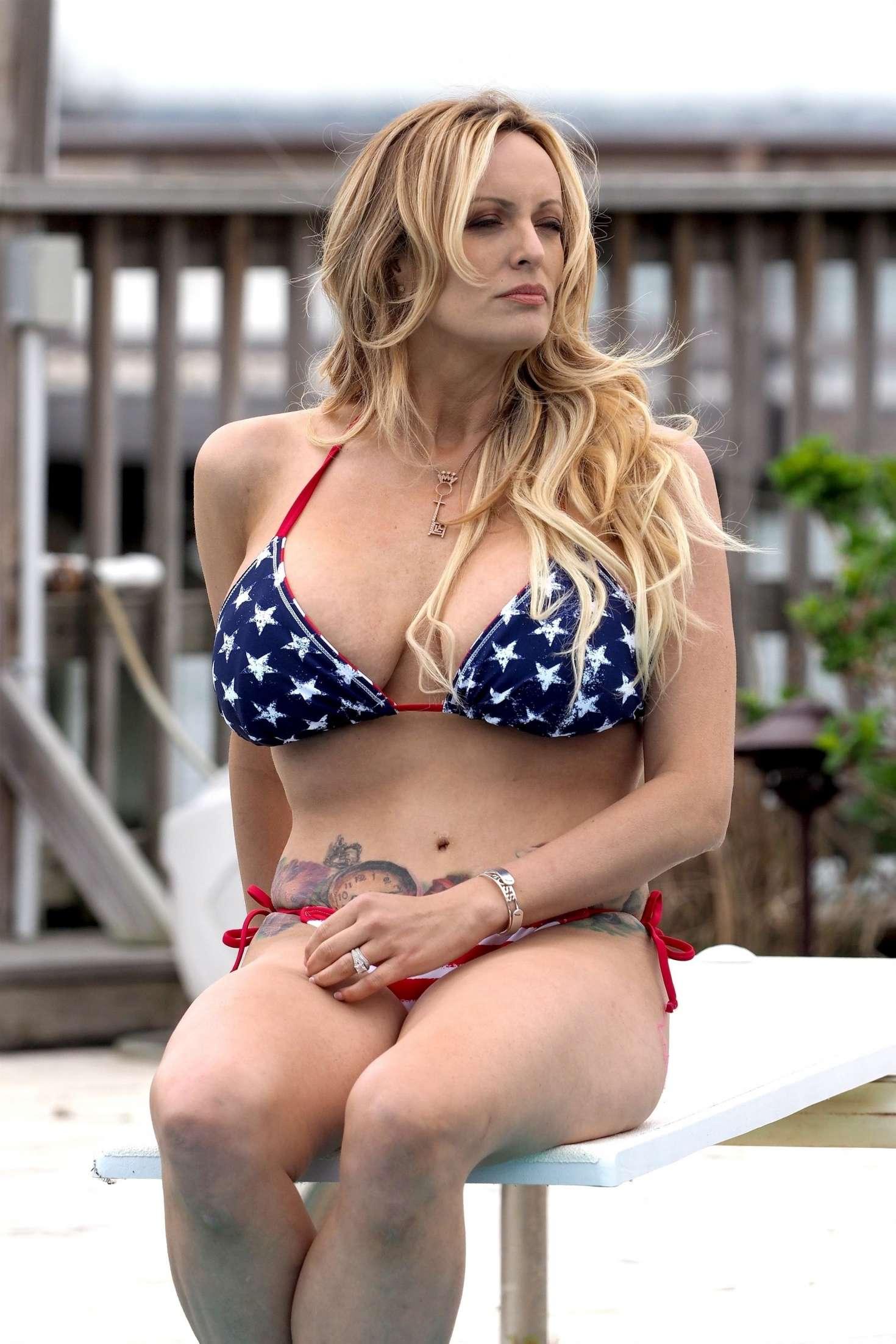 Bikini Stormy Daniels nude photos 2019