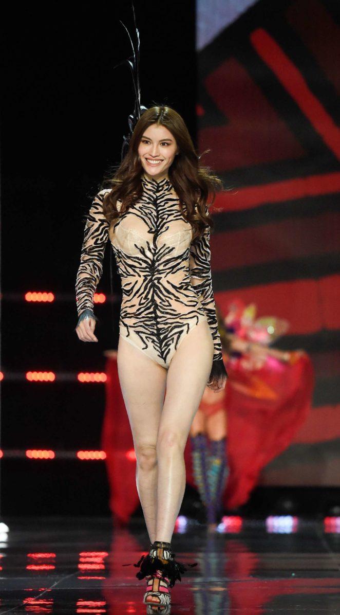 Victorias Secret Fashion Show  Full Hd