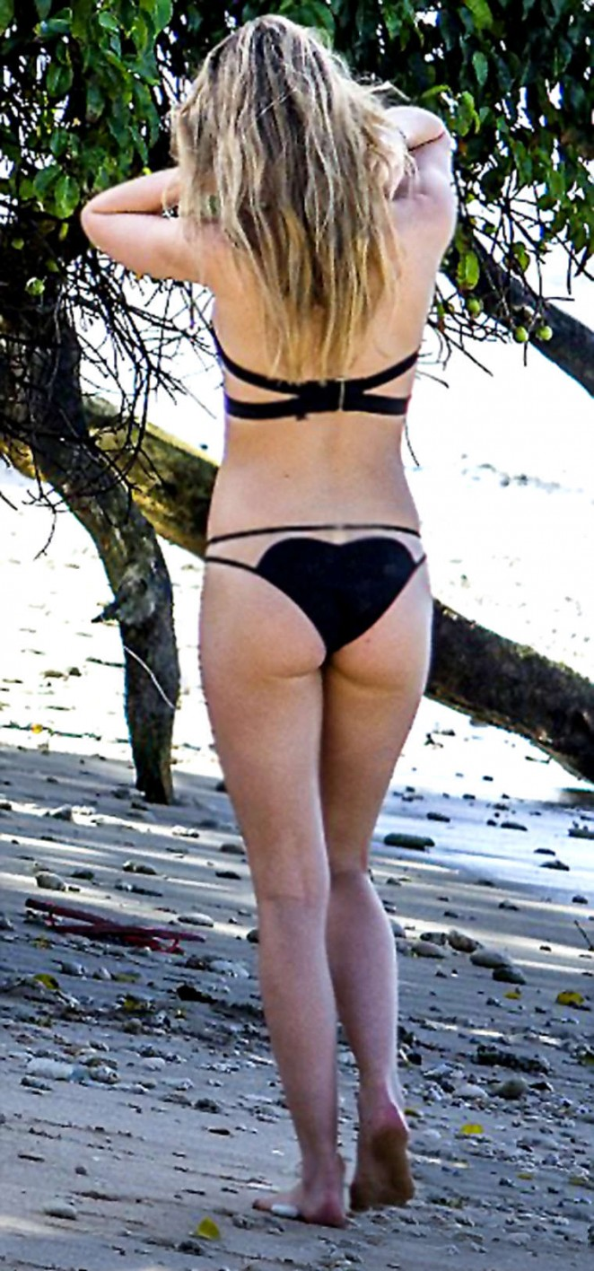 Suki and Immy Waterhouse - Bikini candids in Barbados
