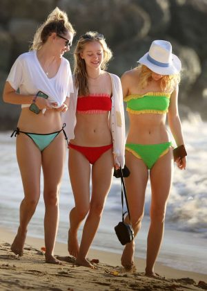Suki, Immy and Maddi Waterhouse in Bikini at the beach in Barbados