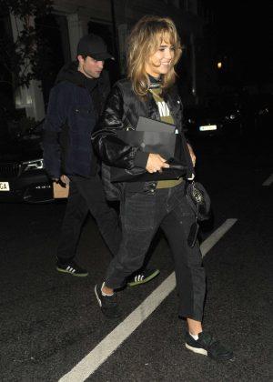 Suki Waterhouse and Robert Pattinson - Leaving Casa Cruz in London
