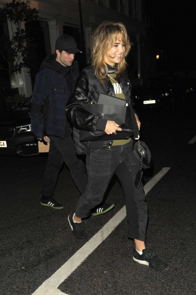 Suki Waterhouse and Robert Pattinson - Leaving Casa Cruz in London