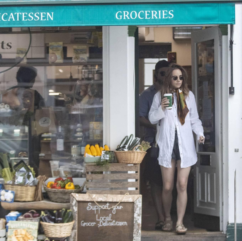 Suki Waterhouse 2020 : Suki Waterhouse and Robert Pattinson – Out in London-05