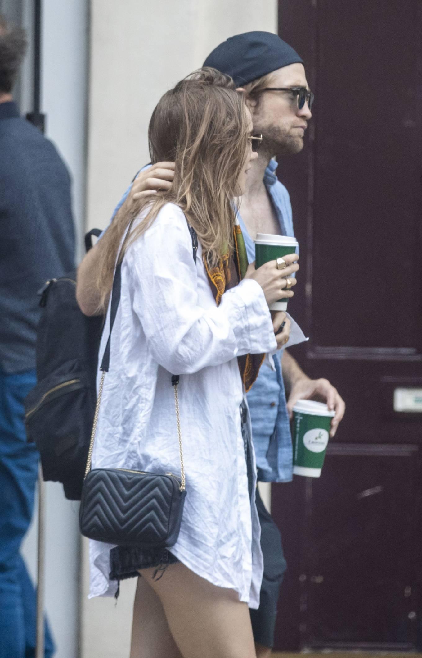 Suki Waterhouse 2020 : Suki Waterhouse and Robert Pattinson – Out in London-13