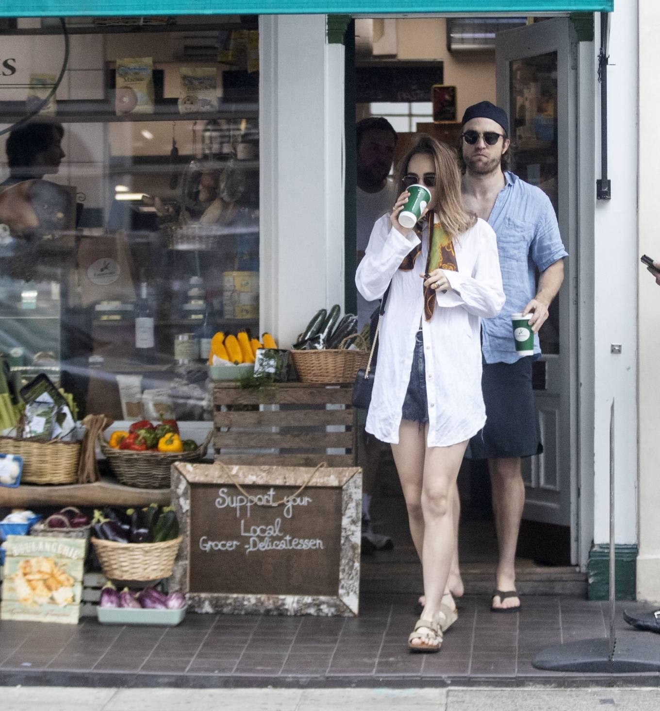 Suki Waterhouse 2020 : Suki Waterhouse and Robert Pattinson – Out in London-30