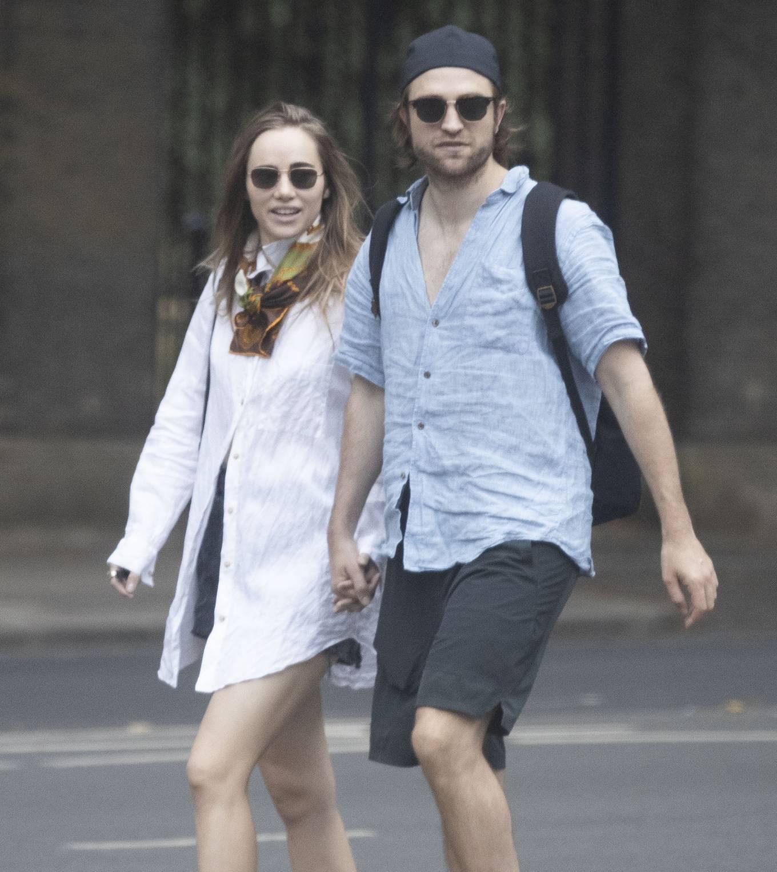 Suki Waterhouse 2020 : Suki Waterhouse and Robert Pattinson – Out in London-34