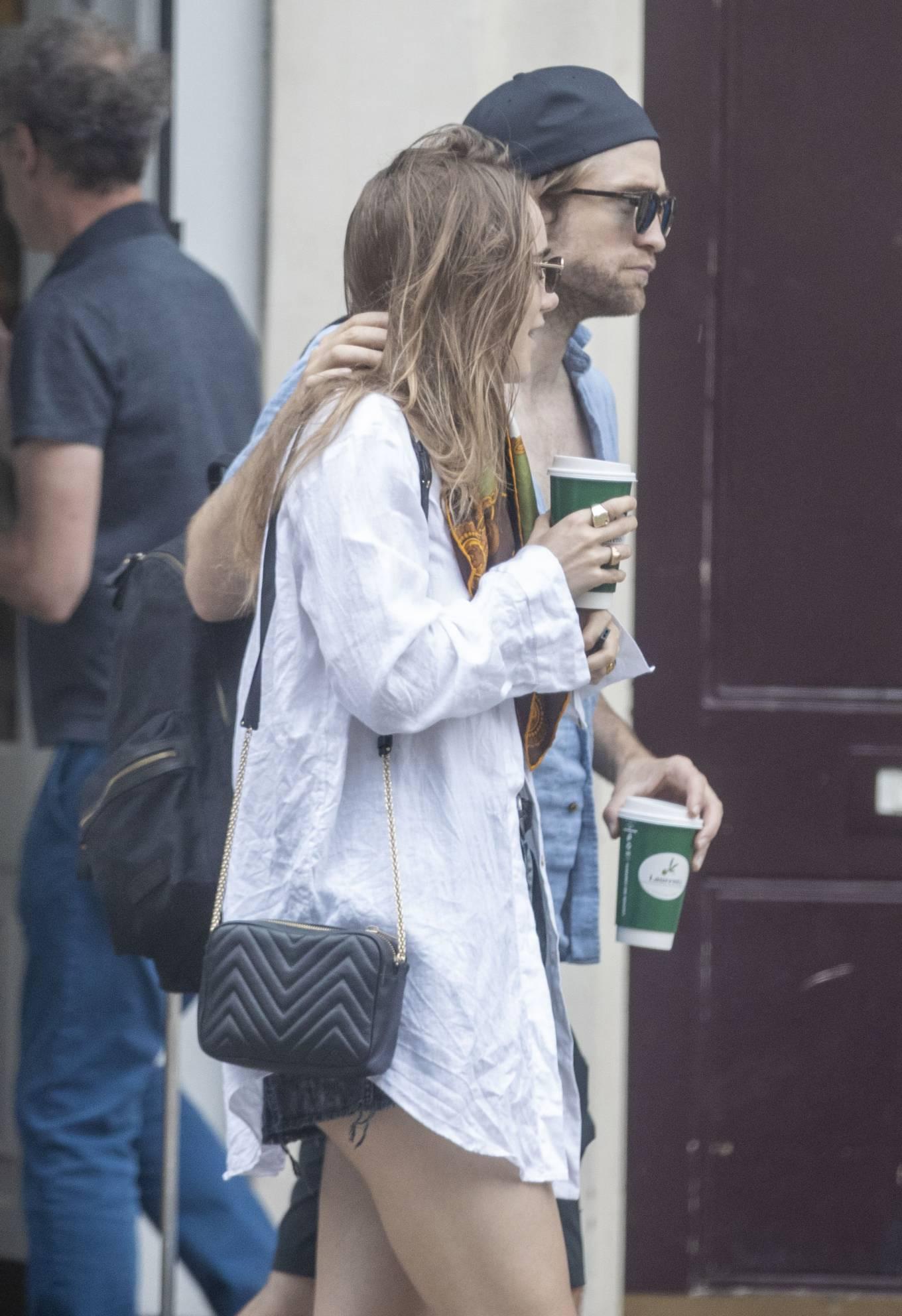 Suki Waterhouse 2020 : Suki Waterhouse and Robert Pattinson – Out in London-35
