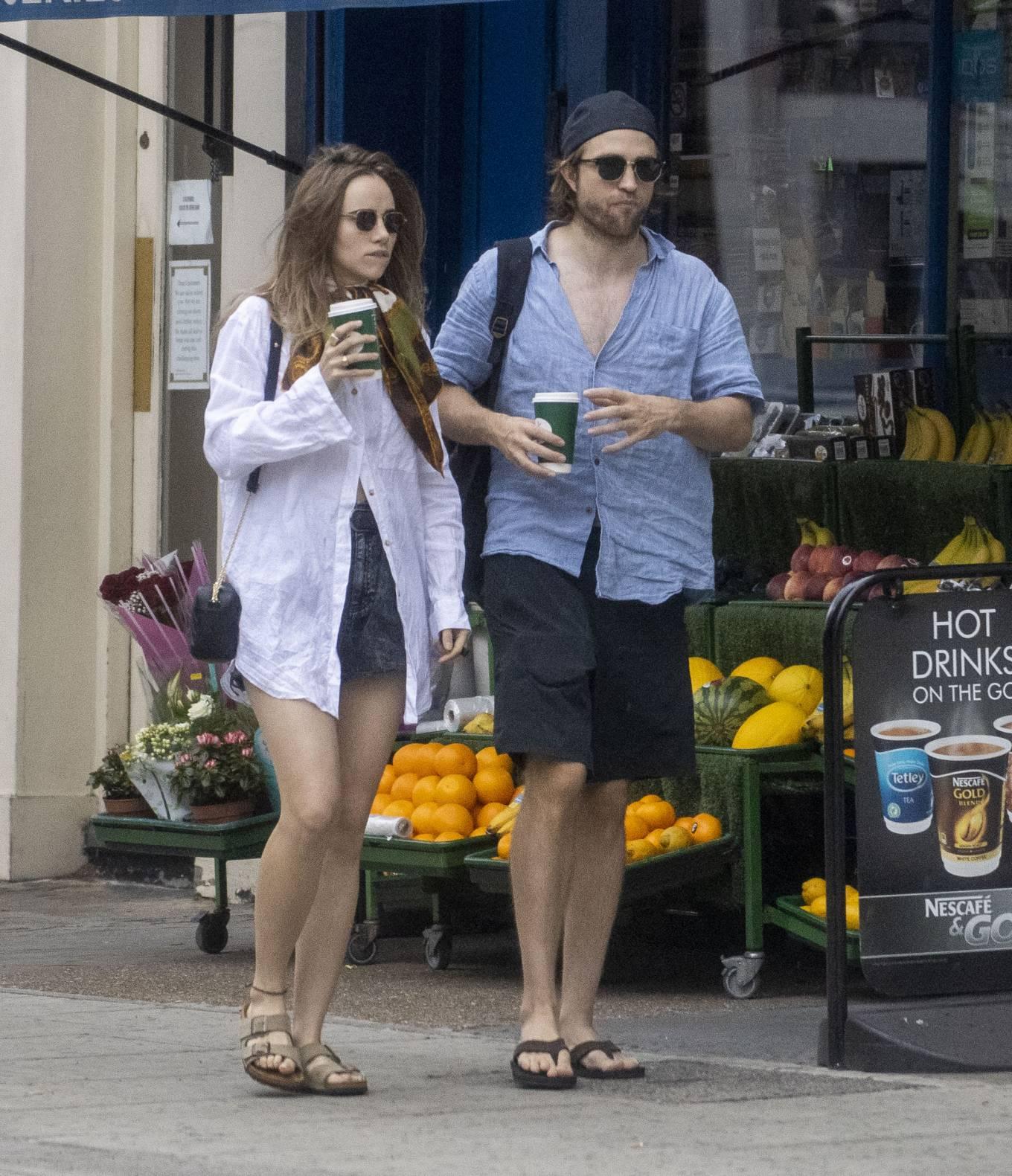 Suki Waterhouse 2020 : Suki Waterhouse and Robert Pattinson – Out in London-39