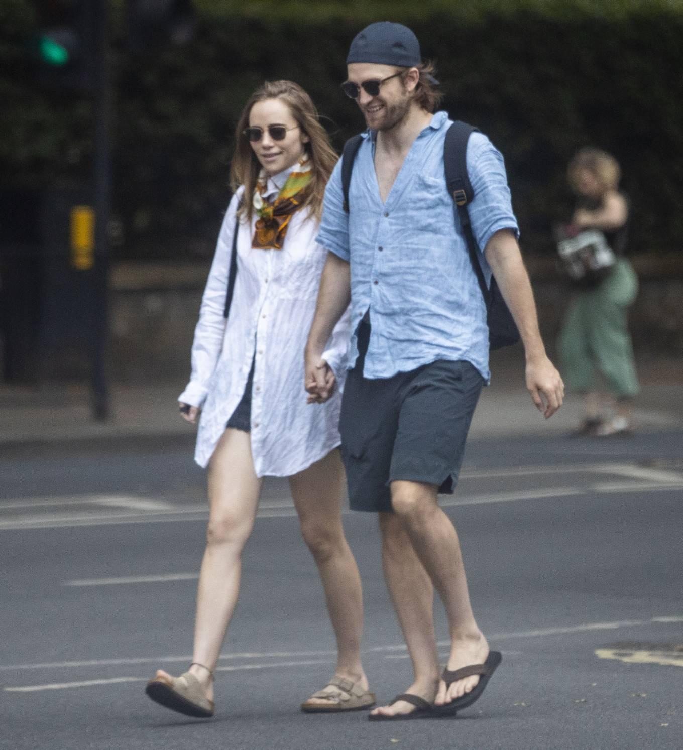 Suki Waterhouse 2020 : Suki Waterhouse and Robert Pattinson – Out in London-42