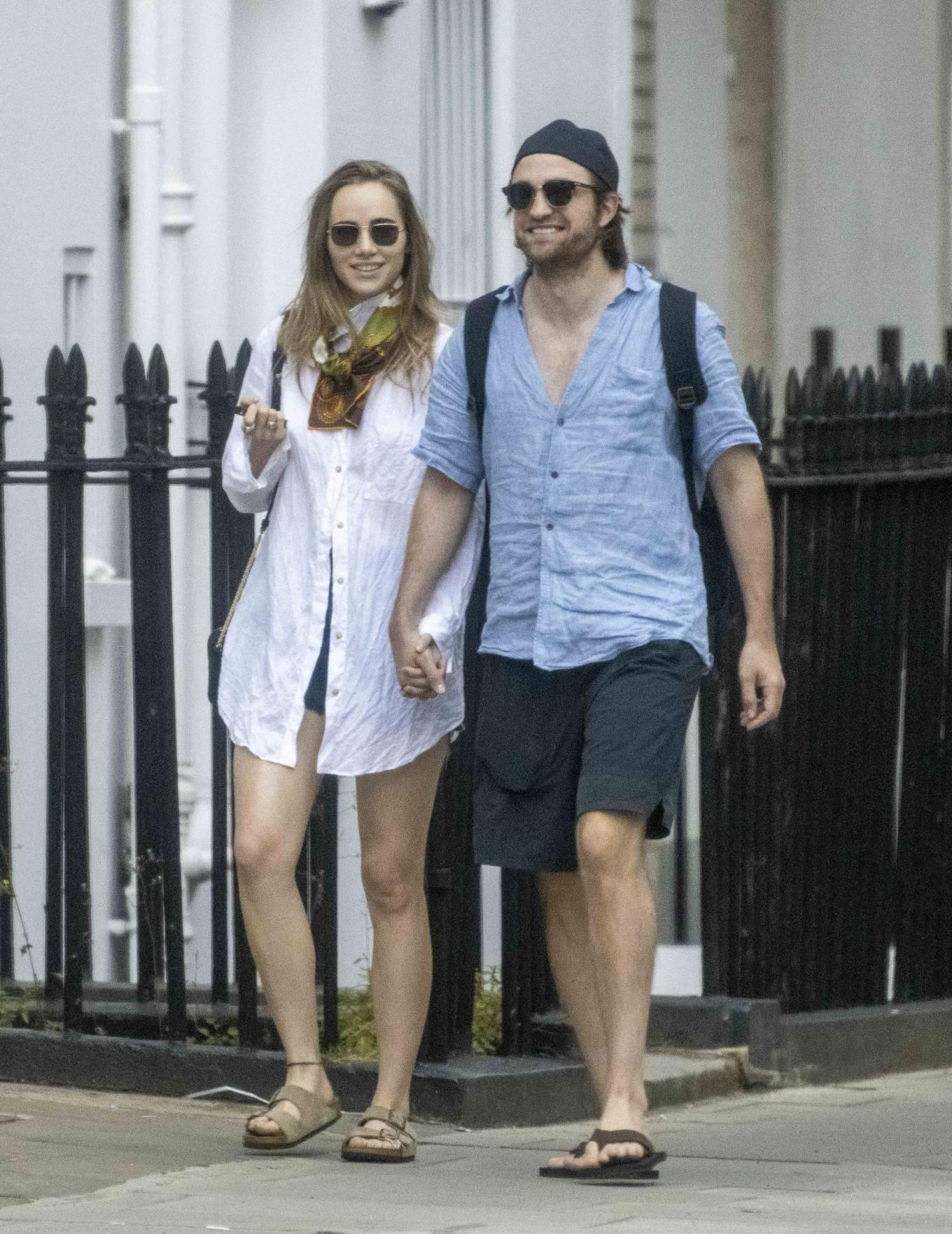 Suki Waterhouse 2020 : Suki Waterhouse and Robert Pattinson – Out in London-43