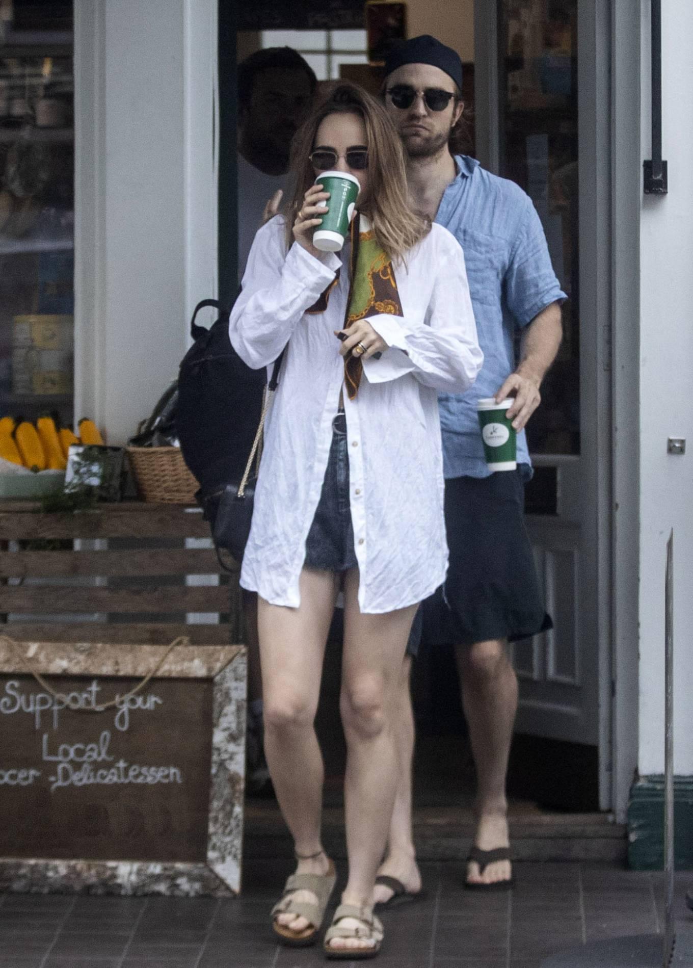 Suki Waterhouse 2020 : Suki Waterhouse and Robert Pattinson – Out in London-44