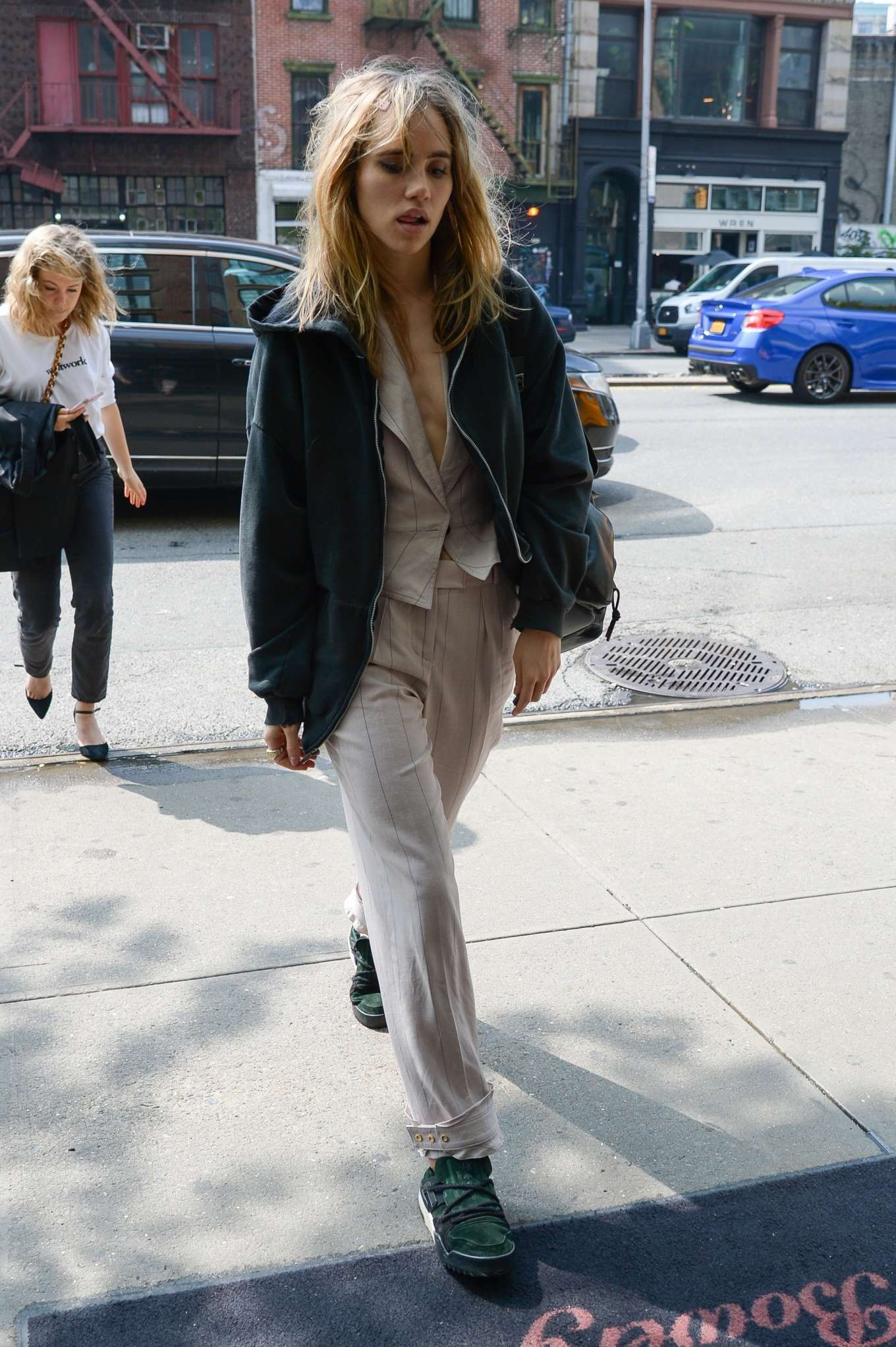 Suki Waterhouse 2019 : Suki Waterhouse: Arriving at The Bowery Hotel -03
