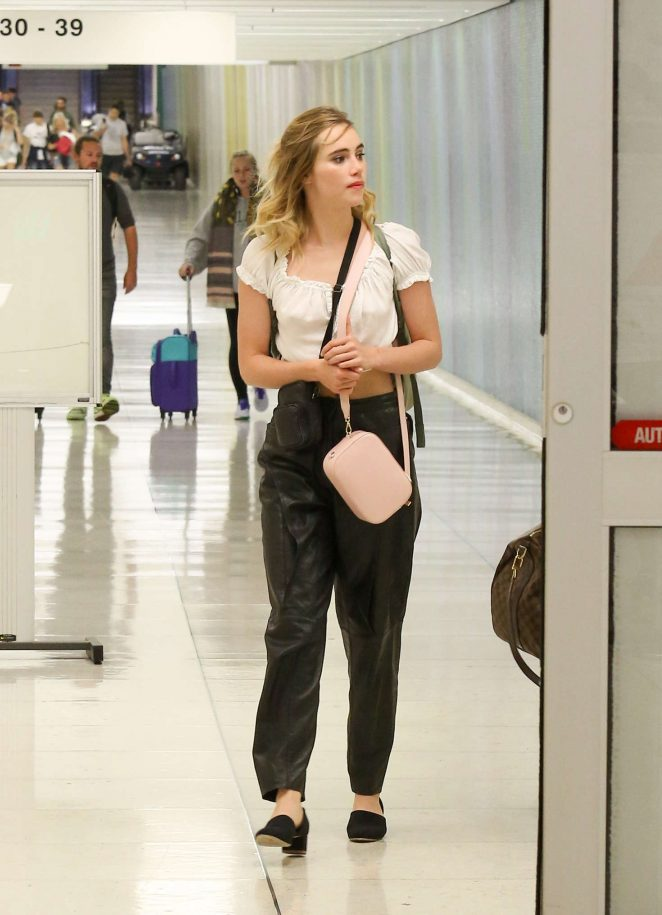 Suki Waterhouse at LAX airport in Los Angeles