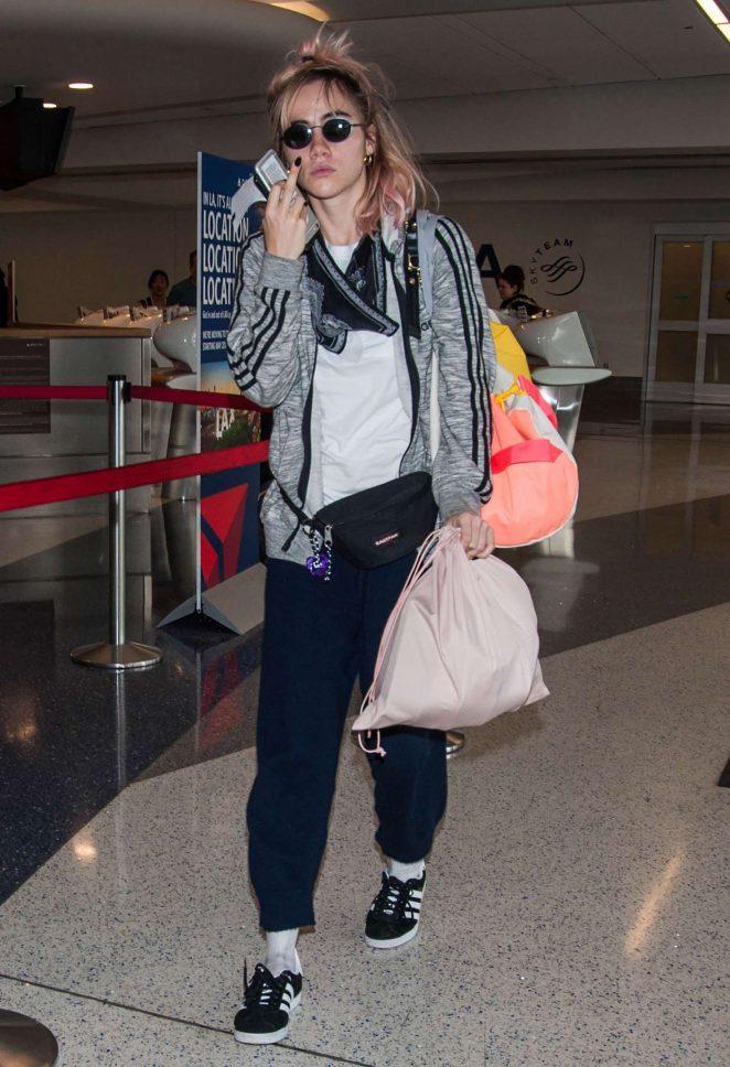 Suki Waterhouse at LAX airport in Los Angeles