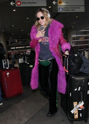 Suki Waterhouse at LAX International Airport in Los Angeles