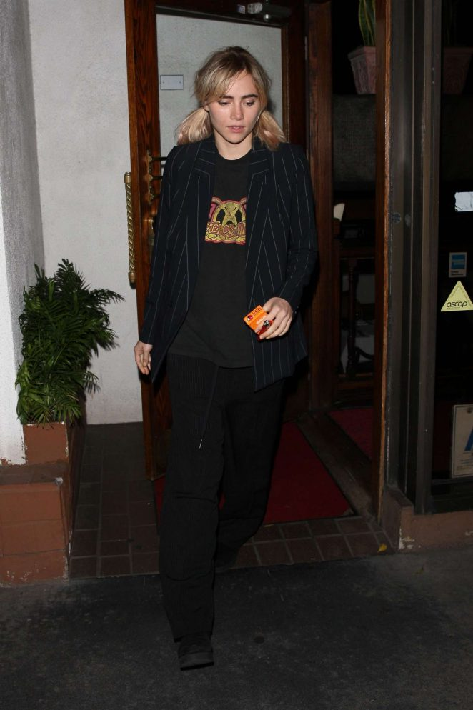 Suki Waterhouse at Madeo restaurant in West Hollywood