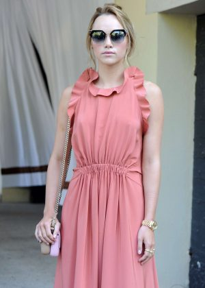 Suki Waterhouse at the Excelsior Hotel in Venice
