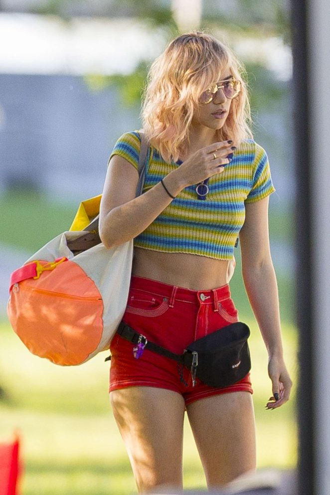Suki Waterhouse Filming 'Assassination Nation' in New Orleans