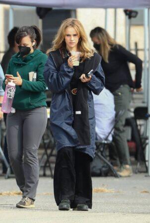 Suki Waterhouse - Filming 'Daisy Jones and The Six' in Los Angeles