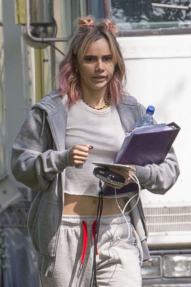 Suki Waterhouse in a crop top out in New Orleans