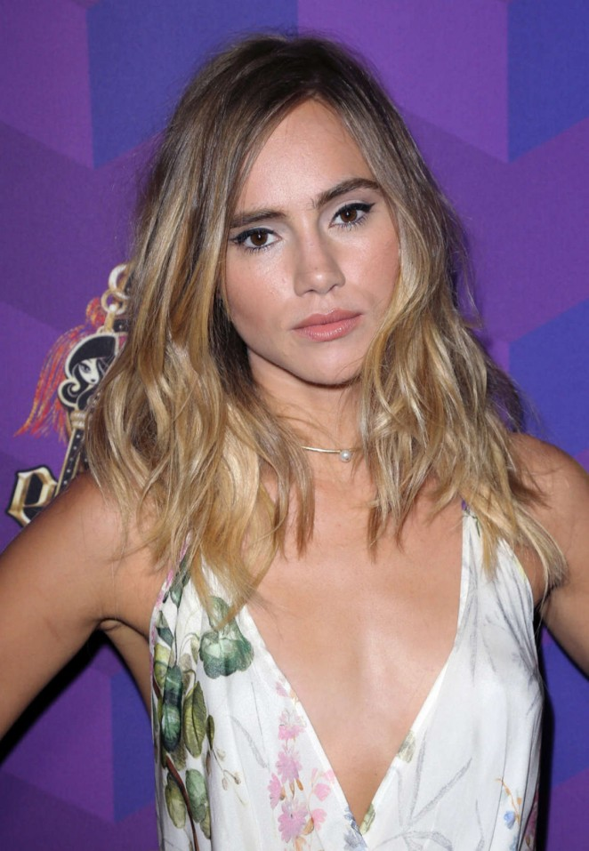 Suki Waterhouse – Just Jared's Way to Wonderland Party in West Hollywood