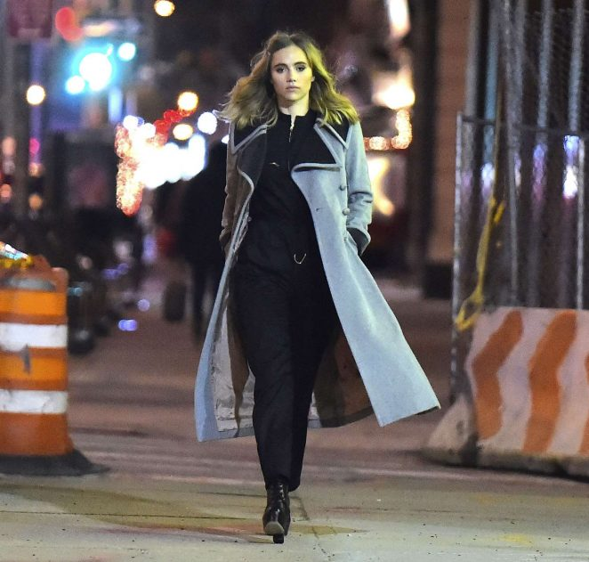 Suki Waterhouse: Late Night Photoshoot in New York -11