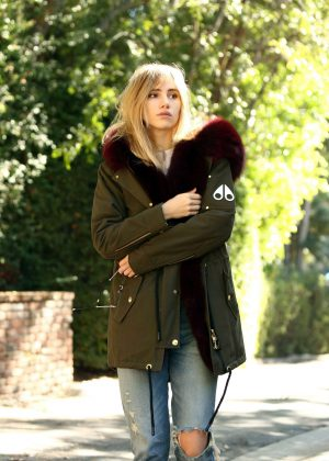Suki Waterhouse Leaves a residence in Beverly Hills