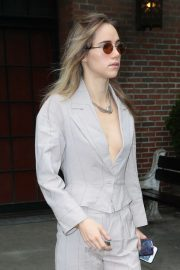 Suki Waterhouse - Leaves her hotel in New York