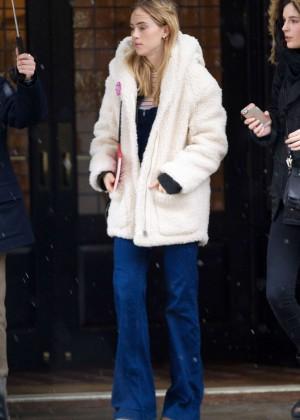 Suki Waterhouse - Leaving the Greenwich Hotel in NYC