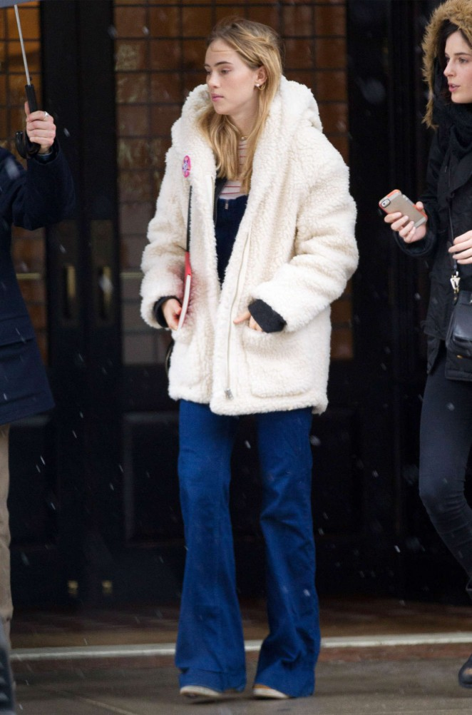 Suki Waterhouse - Leaving the Greenwich Hotel in NYC