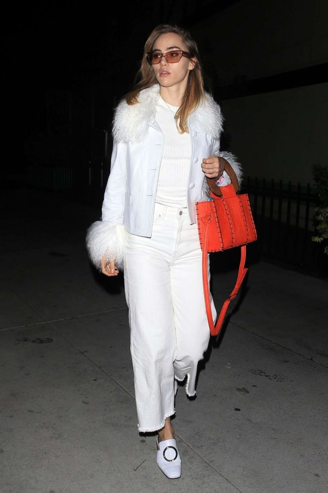 Suki Waterhouse - Out and about in LA