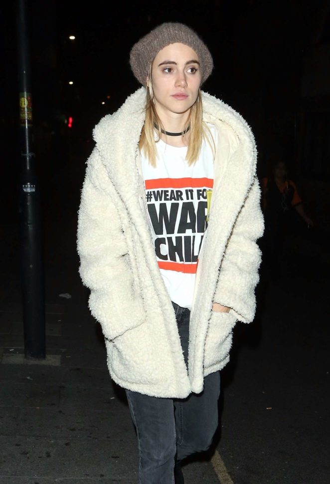 Suki Waterhouse out in London