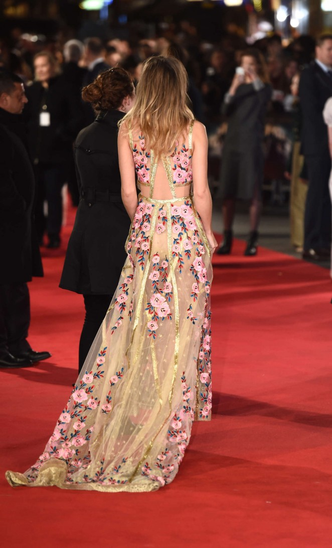 Suki Waterhouse: Pride and Prejudice and Zombies UK Premiere -01