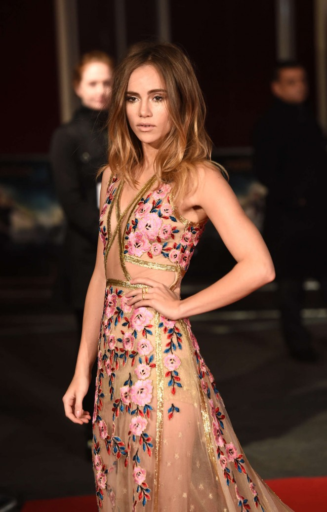Suki Waterhouse: Pride and Prejudice and Zombies UK Premiere -14