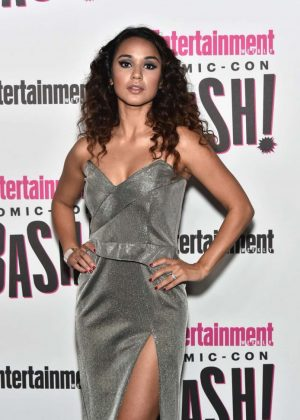 Summer Bishil - 2018 Entertainment Weekly Comic-Con Party in San Diego