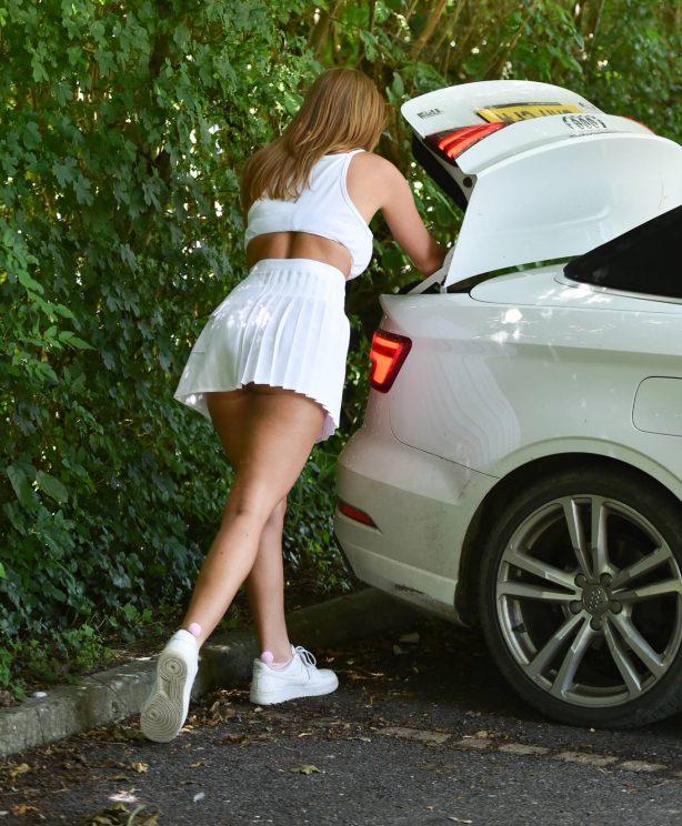 Summer Monteys-Fullam - In mini skirt arrives at a tennis court in Canterbury