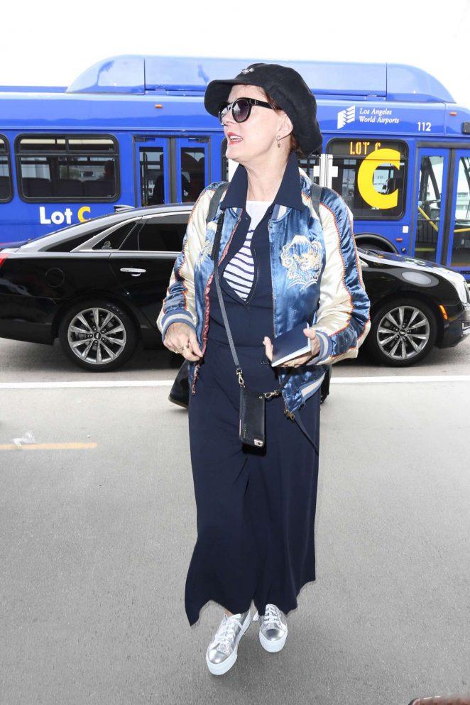 Susan Sarandon at LAX Airport -03