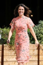 Susanna Reid - Outside ITV Studios in London