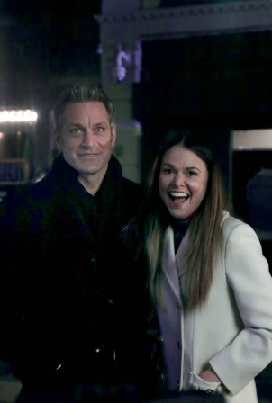 Sutton Foster - Celebrates the final scene of 'Younger' in New York