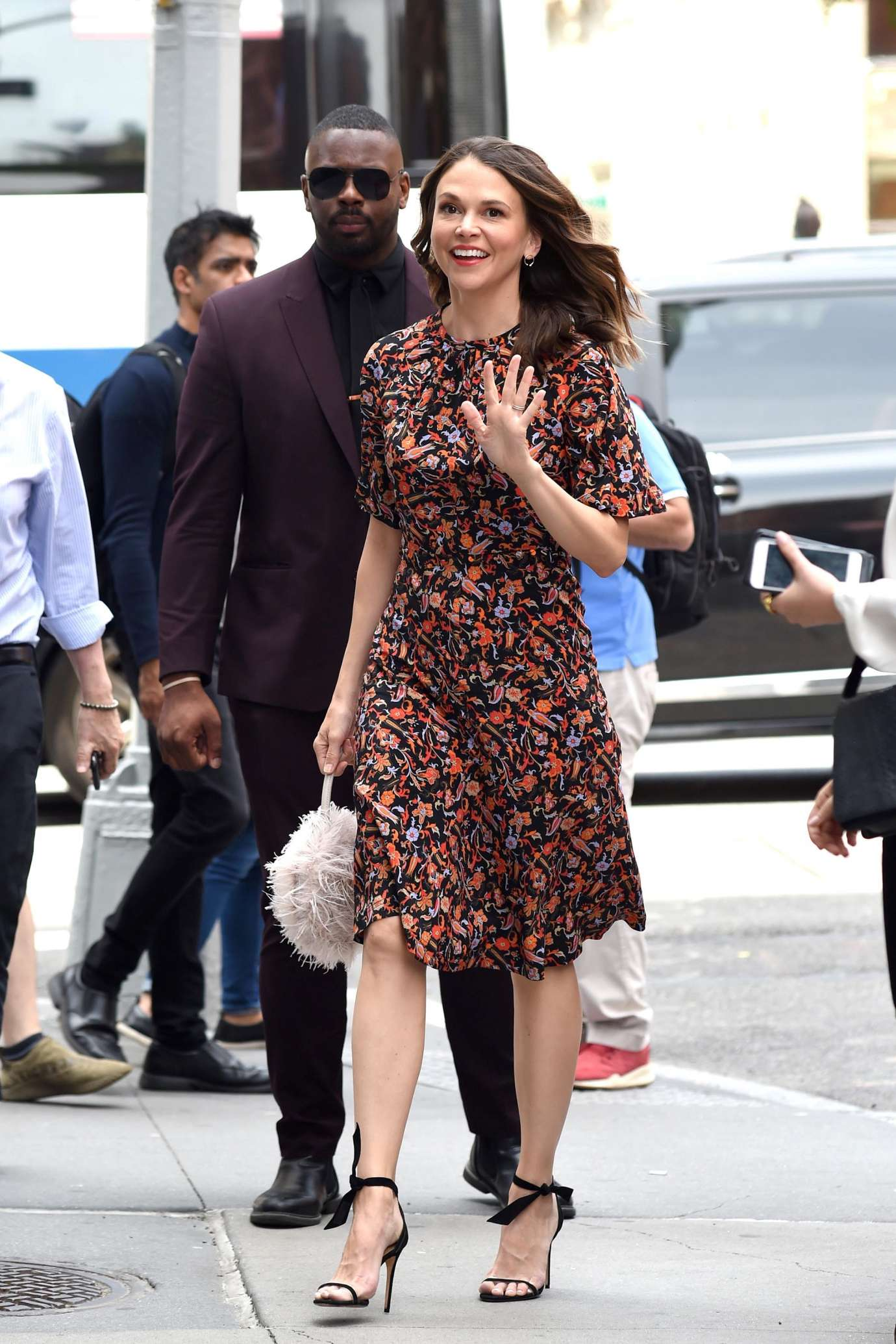 Sutton Foster - Visits the Build Studios in New York