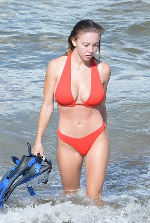 Sydney Sweeney - In red bikini on the beach in Hawaii