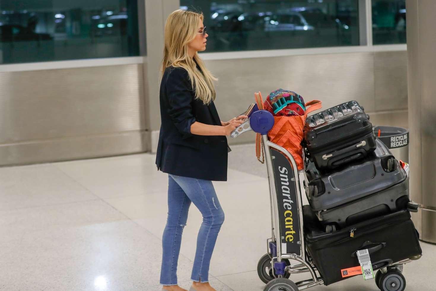 Sylvie Meis 2017 : Sylvie Meis Arrives at Airport in Miami -02