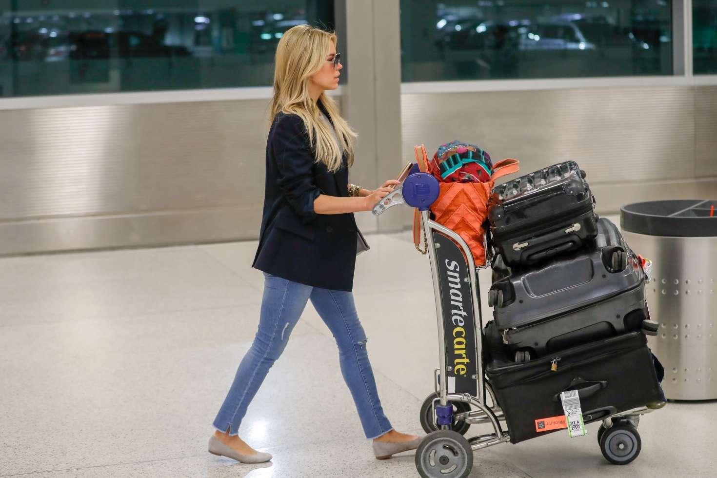 Sylvie Meis 2017 : Sylvie Meis Arrives at Airport in Miami -05