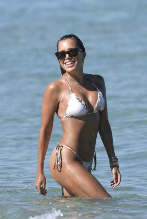 Sylvie Meis - Bikini candids on the beach in Saint Tropez