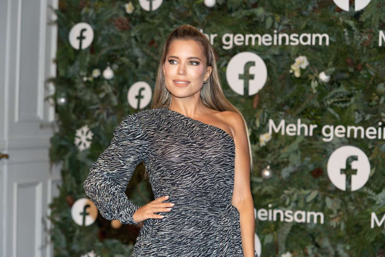 Sylvie Meis 2019 : Sylvie Meis – Facebook Weihnachtskonzert Laeiszhalle in Hamburg-02